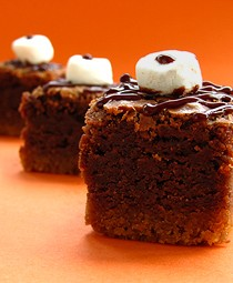 S'mores Petite Fours-BakersRoyale255a
