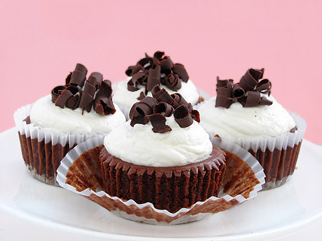 Chocolate Ginger Cheesecake Cups