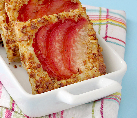 Pluot Breakfast Squares with Crushed Honey-Butter Almonds