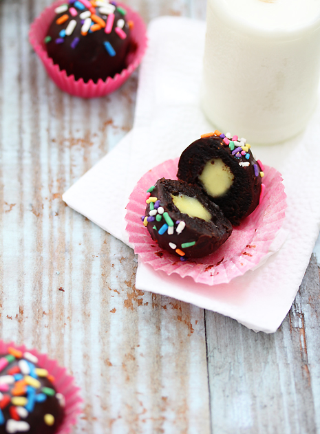 Creme Filled Brownie Bites_Bakers Royale2