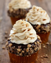 Toffee Crunch Cupcake Bakers Royale 21 210x260