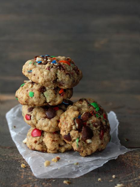 M&M Pretzel Oatmeal Cookies