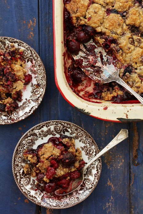 Mixed Berry Crumble Bakers Royale1