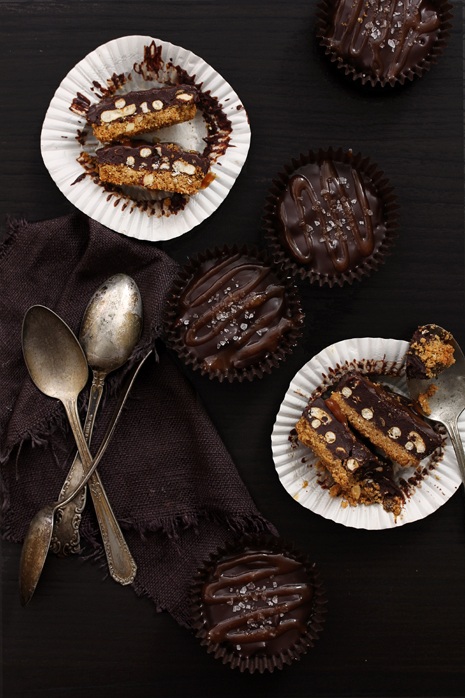 Salted Caramel and Chocolate Pretzel Cups