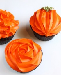 Created-by-Diane-Blog-Cupcakes1-530x353