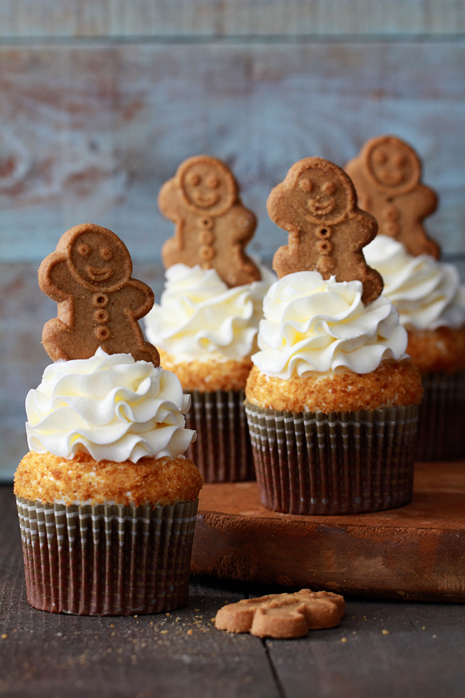 Gingerbread Latte Cupcakes Bakers Royale1