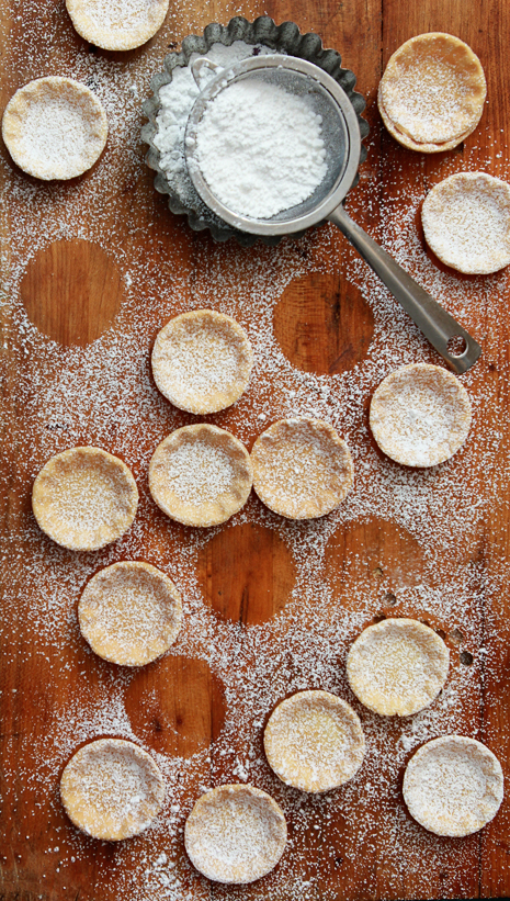 Caramel Macademia White Chocolate Tart Bakers Royale 11