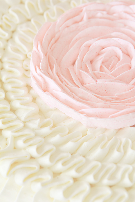 Ruffle Cake Top Bakers Royale