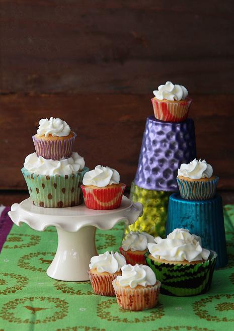 Vanilla Cupcake Bakers Royale1