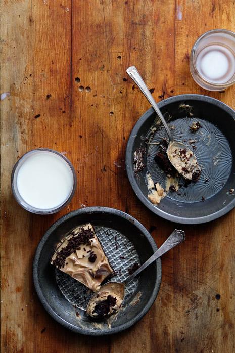Biscoff Brownie Cake