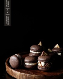 Snickers Macaron via Bakers Royale 210x260