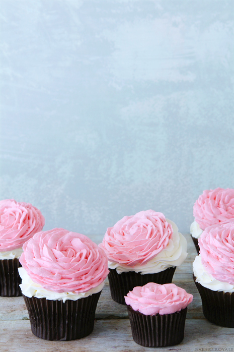 Rose-Cupcakes-via-Bakers-Royale
