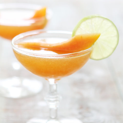 Cantaloupe Drink / Sweet cantaloupe is shredded and mashed with sugar and milk to make this refreshing summer drink.