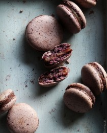 Blueberry Macaron w Pear & Earl Grey Filling via Bakers Royale