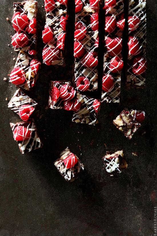 Walnut and Chocolate Cake Bar