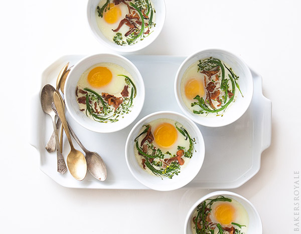 ggs en Cocotte ~ An easy breakfast of baked eggs