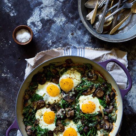 Baked Eggs with Spinach, Mushroom & Leeks