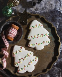 Decorated Christmas Tree Cookies with Bakers Royale1 210x260