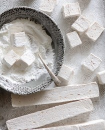 Kahlua Marshmallows by Bakers Royale 210x260