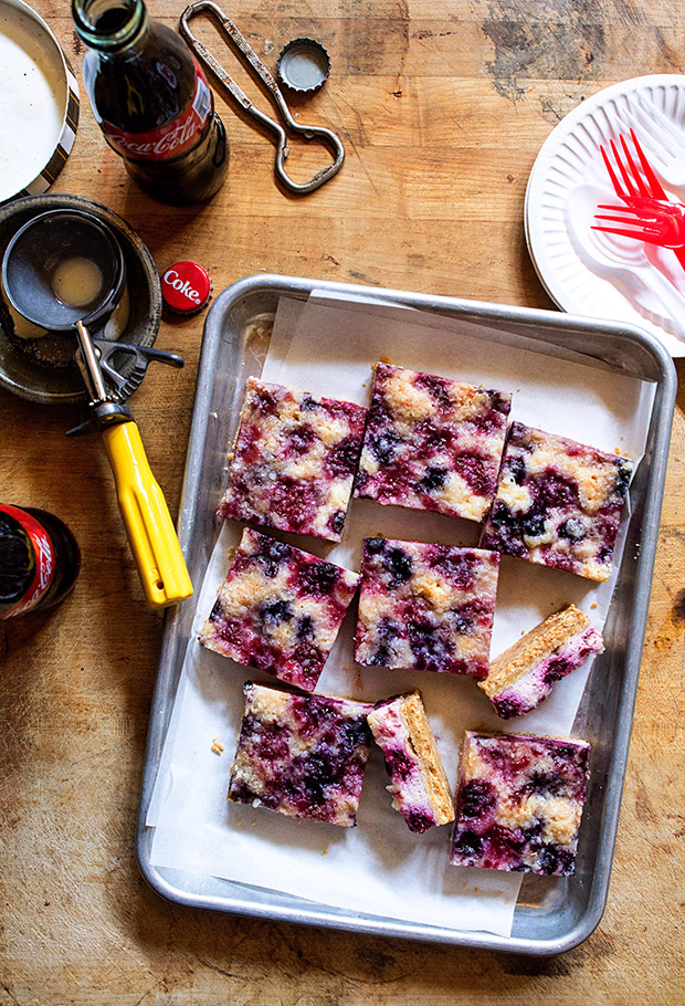 Mixed Berry Cheesecake Crumble Bars via Bakers Royale