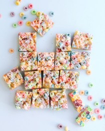 Fruit Loops Marshmallow Bars Bakers Royale1 210x260