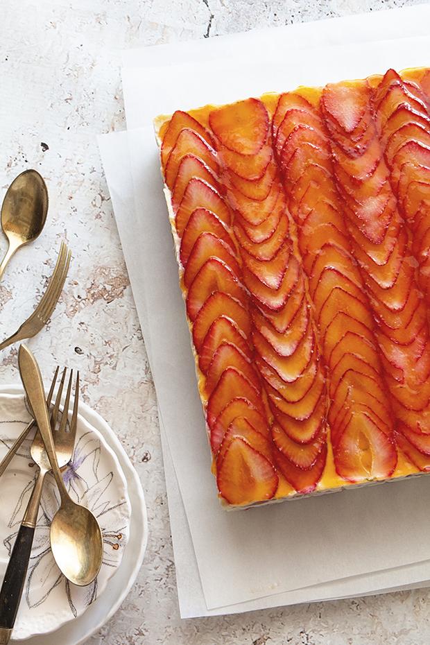 Strawberry Tiramisu | Bakers Royale