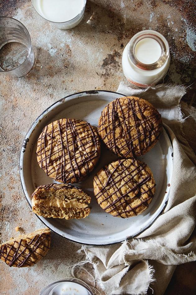 Creamy Peanut Butter Sandwich Cookies