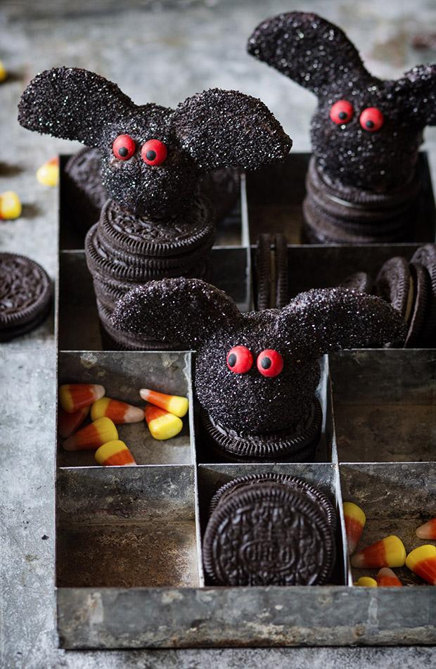Oreo Truffle Bats | Bakers Royale