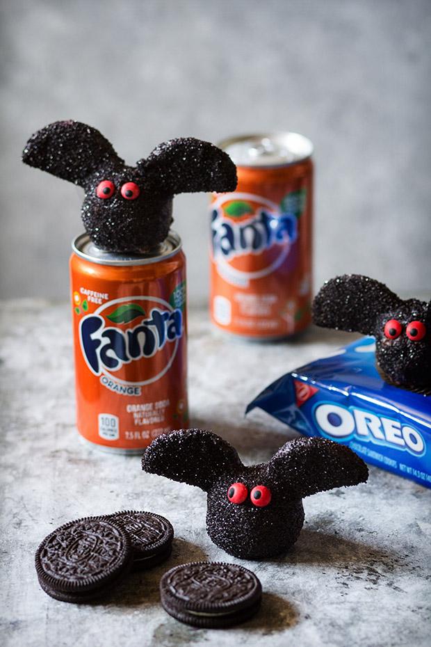 Oreo Truffle Bats _ Bakers Royale