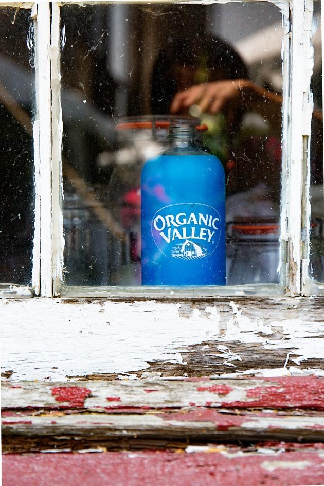 Farmhouse Window Sill | Bakers Royale