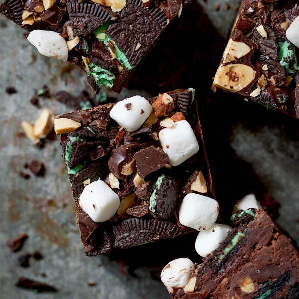 Chocolate Mint Rocky Road Cheesecake Bars | Bakers Royale