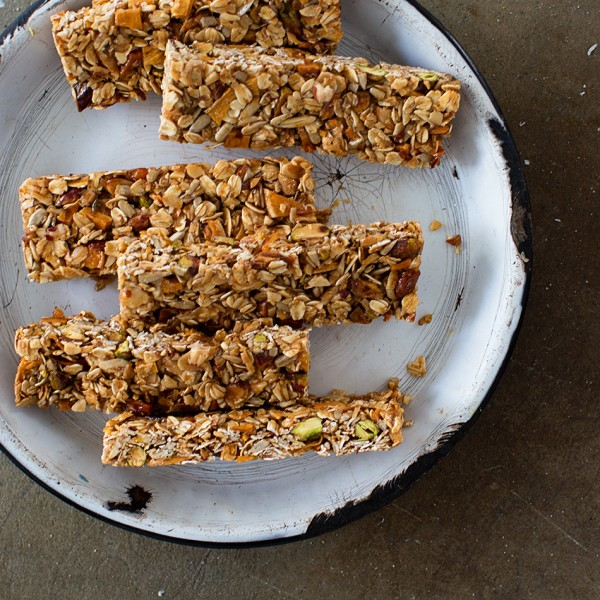 Mango Coconut Granola Bar Bakers Royale 600x600