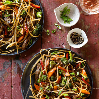 Garlic Sesame Noodles with Beef | Bakers Royale