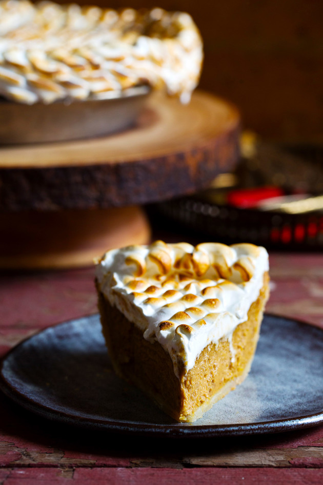 Pumpkin Chai Marshmallow Pie - Bakers Royale