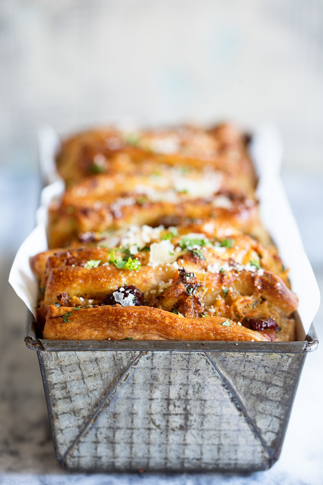 Thanksgiving Leftover Pull-Apart Bread - Bakers Royale