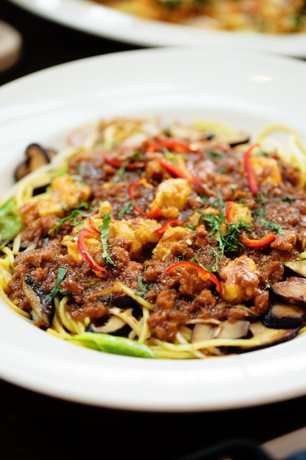 Shanghai Noodles | Bakers Royale