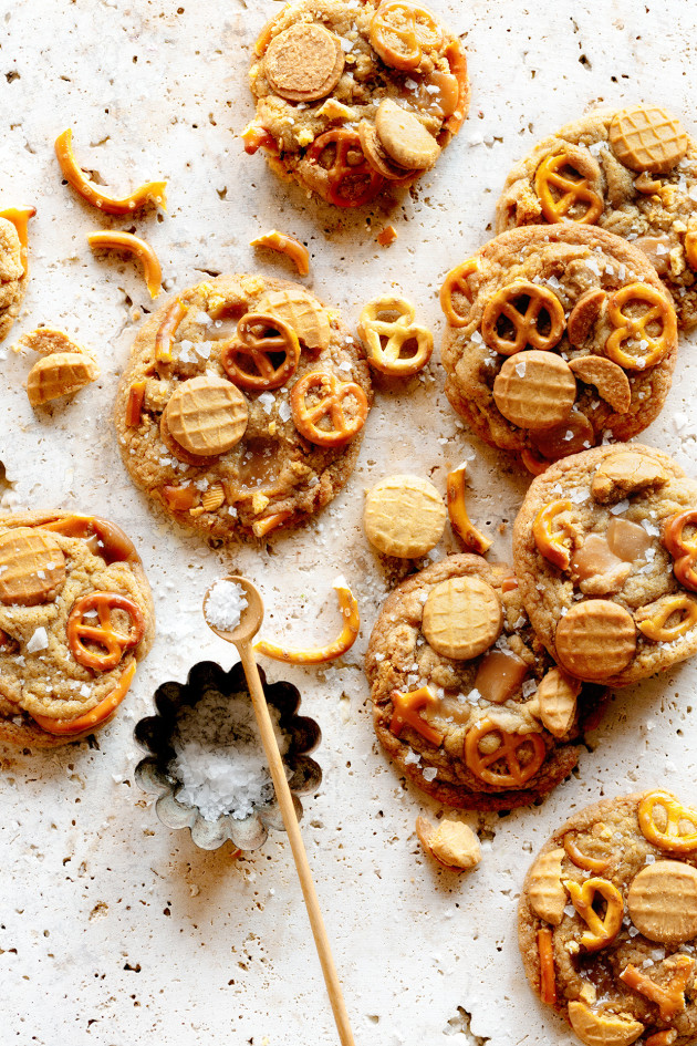 Salted Nutter Butter and Caramel Pretzel Cookies | Bakers Royale
