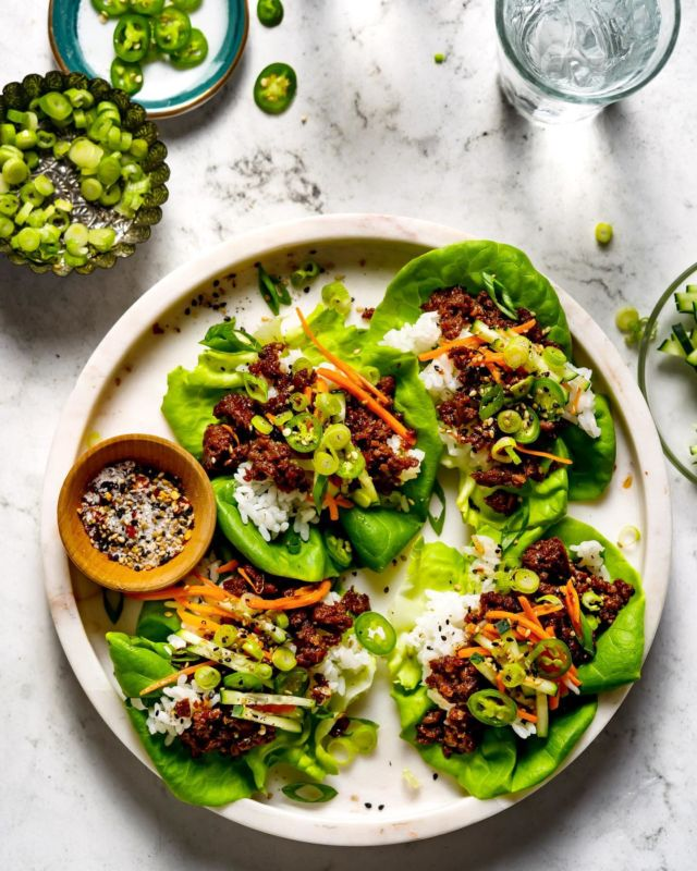 Vegan Bulgogi Lettuce Cups made withOzo™, a plant-based protein.#adTheperfect recipe for anyone who is vegetarian or flexitarian. For those of younewto the latter, flexitarians are those who eats plant-based, but also enjoys meat or fish time to time.Ozo™isaplant-basedprotein that's soy-free and non-GMO.@ozofoods  - Full recipe on the blog or Google Vegan Bulgogi Cups Bakers Royale.  - Ozo™ is spotlighting the flexitarian lifestyle with the first ever #FlexitarianWeek. To see how you can help spread the word and join the Flexitarian movement to make it official, head to the blog.  - #cleaneats #vegan #plantbased #healthyish #bulgogi #cleaneatingrecipe  #eattherainbow