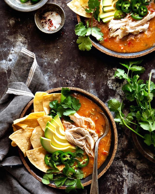 Easy Chicken Tortilla Soup because fall means sweater weather, cozy soups like this. Who else is ready for this?! - Recipe in bio link or Google Easy Chicken Tortilla Soup Bakers Royale - #cozy #comfortfood #chickenrecipes #soup #easyrecipes #weeknightmeals #instayum